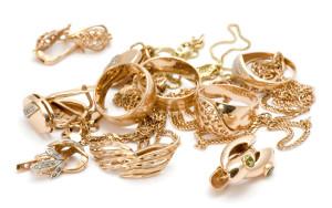 Как продать золото в ломбард