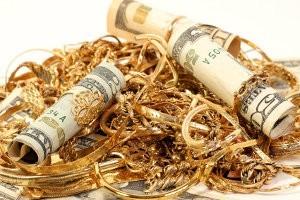 Куда лучше сдать имущество в ломбард или скупку?